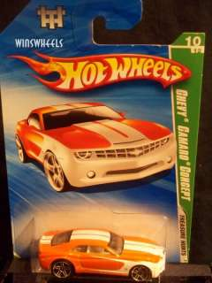 hot wheels 2010 TREASURE HUNT #54 CHEVY CAMARO REG #7
