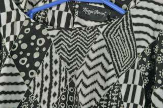 Maggie Barnes Size 5X 32WE Black Taupe Off White Graphic Shirt Top
