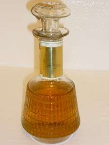BARTONS CANADIAN SUPREME 6 YEARS OLD BLENDED WHISKY DECANTER VINTAGE