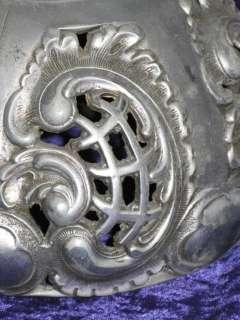 SUPERB ANTIQUE ART NOUVEAU HEAVY CAST ALLOY LAMP SHADE