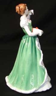 Superb Royal Doulon Merry Chrismas Figurine HN 3096 |