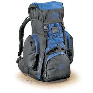 70 liter Guide Gear Lancer Pack Blue / Black: Sports