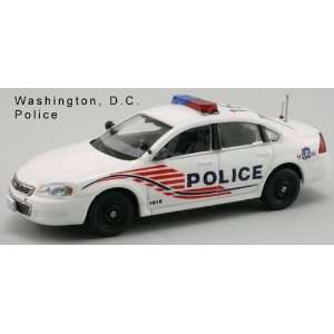 First Response 1/43 Chevy Impala Washington DC Police Toys & Games
