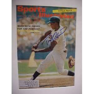 Tony Oliva Autographed Signed August 23 1965 Sports Illustrated