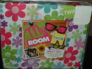 FLOWER POWER TWIN SHEET SET~TEEN BEDDING~KIDS~DAISIES~GROOVY~GIRLS BED
