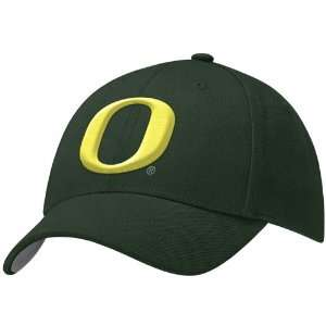 Nike Oregon Ducks Green College Fitted Hat: Sports