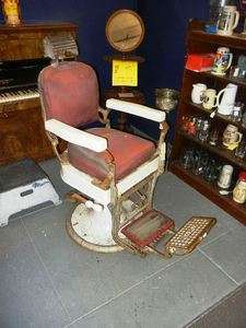 ANTIQUE KOKEN BARBER CHAIR BARBER SHOP