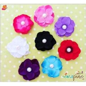 Ema Jane   Cute Set of 8 Pearl Centered Hydrangea Flower Hair Clips
