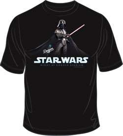 LOS ANGELES DODGERS   STAR WARS Darth Vader T SHIRT 2011 SGA 9/16 NEW
