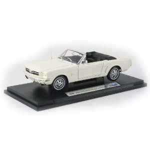 118 1964 Ford Mustang Convertible   Cream Toys & Games