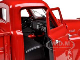 DODGE PICKUP TRUCK RED 132 DIECAST BY SIGNATURE MODELS 32419