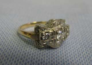 Lovely 14 KT White and yellow gold ladys ring size 6.25 with 3