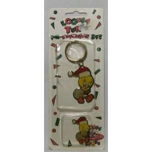 Looney Tunes Tweety Bird Pin Keychain Set