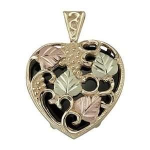 Black Hills Gold Onyx Heart shaped Pendant Jewelry